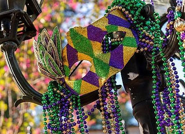 mardi-gras-mask-with-beads-7253-2cf60b6c