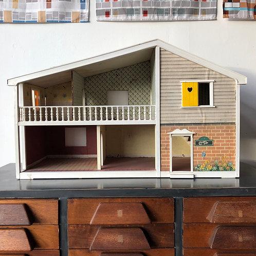 VINTAGE 1970s LUNDBY DOLL'S HOUSE. Caroline's Barn