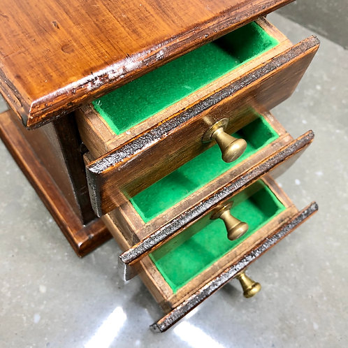 SMALL VINTAGE THREE DRAWER JEWELLERY BOX