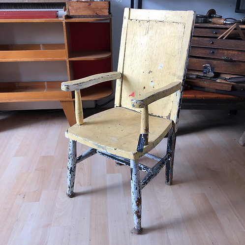 VINTAGE TATTY LITTLE WOODEN CHAIR IN YELLOW