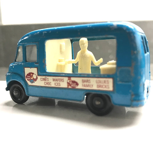 VINTAGE  1963 - 1968  LESNEY / MATCHBOX   NO 47B  COMMER ICE CREAM CANTEEN
