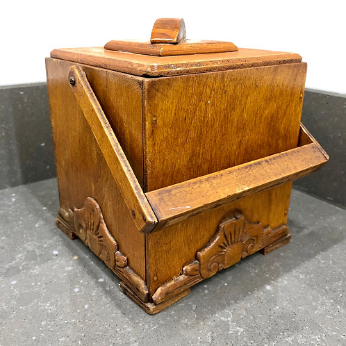 VINTAGE 1940s GLASS LINED TEA CADDY