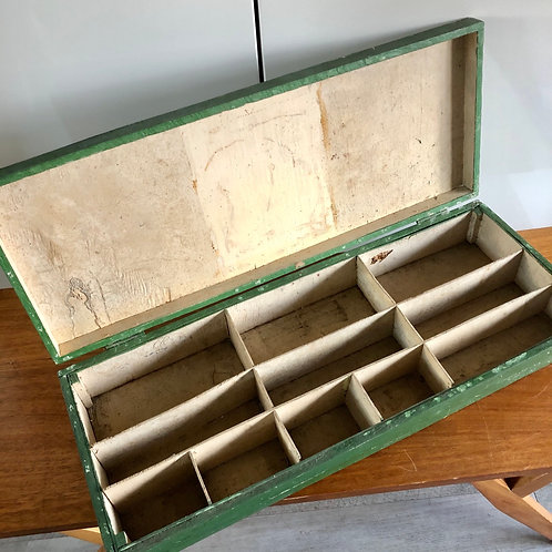 LARGE RUSTIC GREEN TOOLBOX WITH 11 COMPARTMENTS