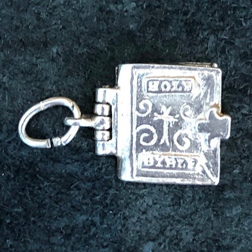VINTAGE STERLING SILVER OPENING HOLY BIBLE CHARM