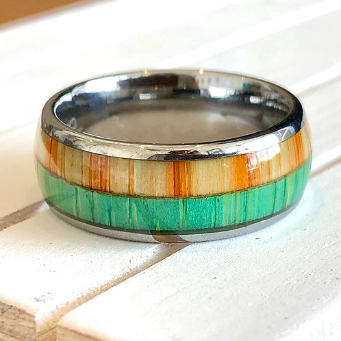 TUNGSTEN CARBIDE RINGS WITH WOOD GRAIN INLAY. Sizes S & Q
