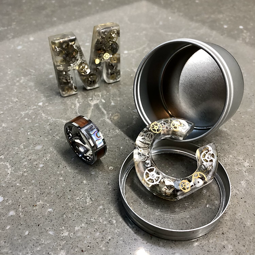 SMALL ROUND METAL GIFT TIN WITH WINDOW LID