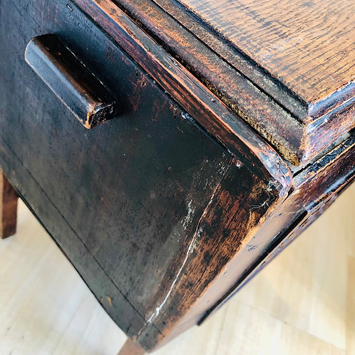 VINTAGE OAK SEWING BOX ON LEGS