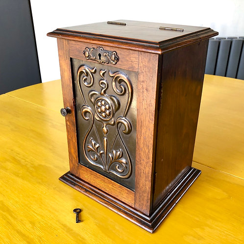 ART NOUVEAU OAK PIPE CABINET WITH KEY
