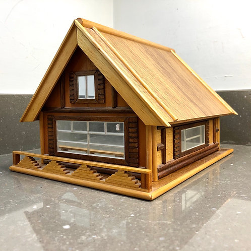 VINTAGE HOUSE SHAPED JEWELLERY BOX