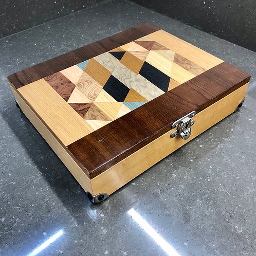 VINTAGE HANDMADE MARQUETRY PARQUETRY WOODEN BOX WITH COMPARTMENTS