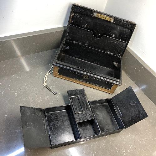 VINTAGE HOBBS & CO METAL CASH BOX