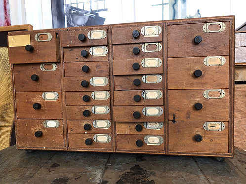 ANTIQUE WOODEN BANK OF DRAWERS. Hardware store