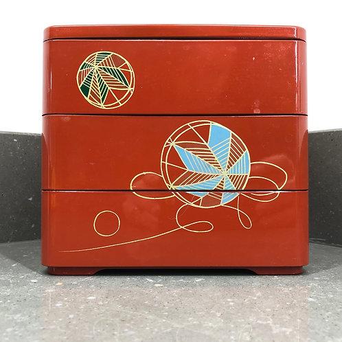 VINTAGE 3 TIER BENTO BOX