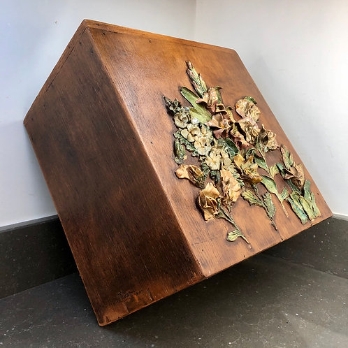 LARGE RUSTIC WOODEN PLANTER WITH 3D FLOWERS