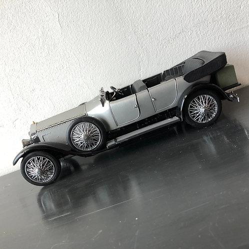 VINTAGE MINT ROLLS ROYCE. 1925 Silver Ghost 1:24 scale