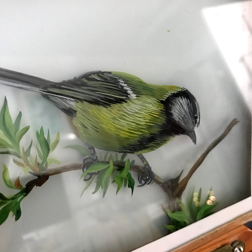 VINTAGE MID-CENTURY SIGNED 3D GLASS PAINTING OF A TIT