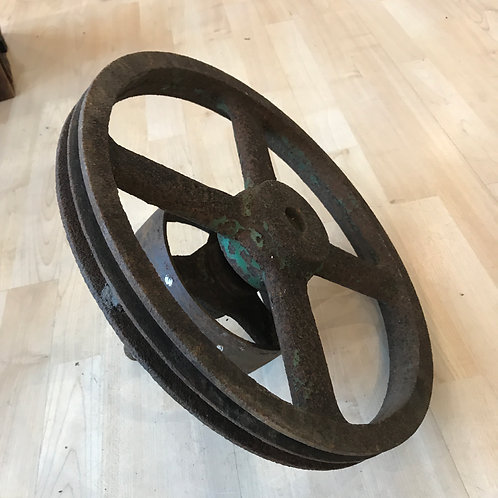 VINTAGE CAST IRON WHEEL WITH OLD GREEN PAINT
