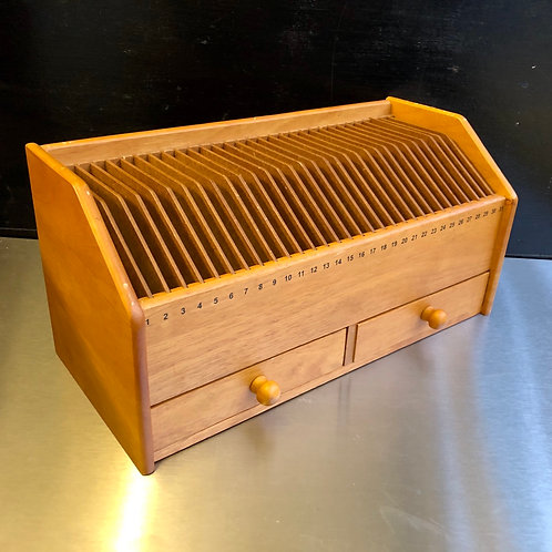 VINTAGE WOODEN 31 DAY DESK OFFICE ORGANISER