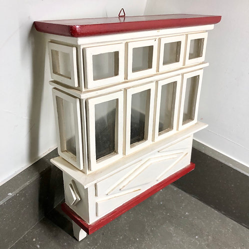 VINTAGE EMPTY WINDOW DIORAMA SHADOW BOX