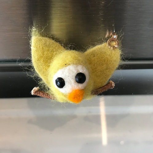 HANDMADE TINY LITTLE FLUFFY FELT CHICK