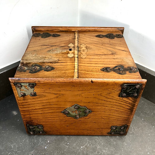 EDWARDIAN CABINET WITH DRAWERS. Restoration project