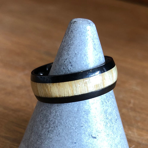 BLACL STAINLESS STEEL & WOOD EFFECT RING size W/X (US11.5)