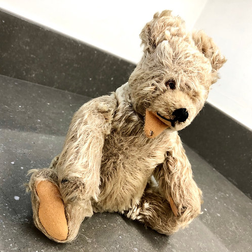 VINTAGE STEIFF BEAR WITH ARTICULATED LIMBS ANS SQUEAK