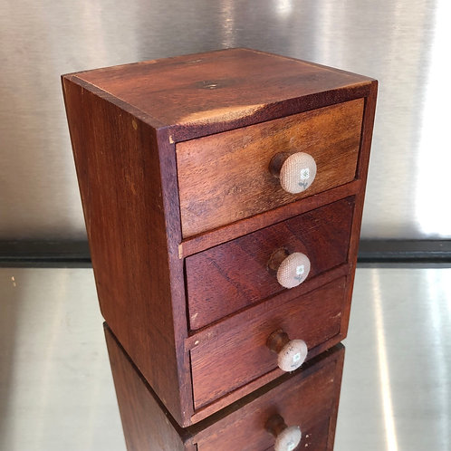 VINTAGE MINIATURE MAHOGANY CHEST OF DRAWERS