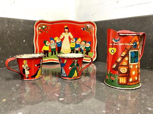 VINTAGE GERMAN TINPLATE TEA SET