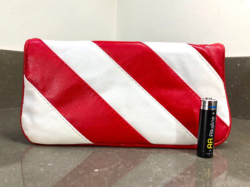 VINTAGE 1980s RED AND WHITE CLUTCH BAG