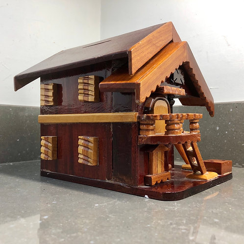 LARGE VINTAGE WOODEN MONEY BOX SHAPED LIKE A CHALET