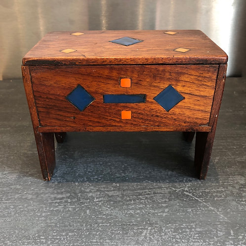 VINTAGE FOLK ART MINIATURE WOODEN CHEST