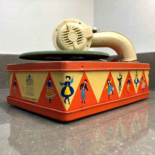 VINTAGE CHAD VALLEY TINPLATE TOY GRAMOPHONE