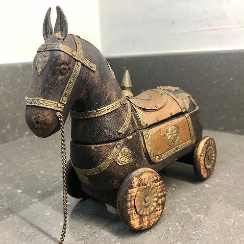 VINTAGE WOODEN TROJAN HORSE TRINKET BOX