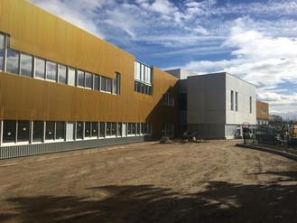 Visite du futur groupe scolaire de Champigny avec le maire