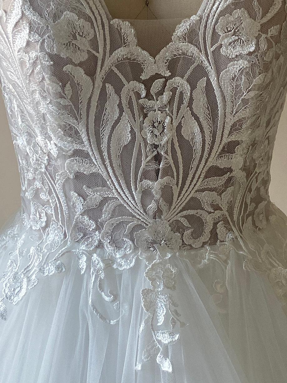 Julia Front Lace
