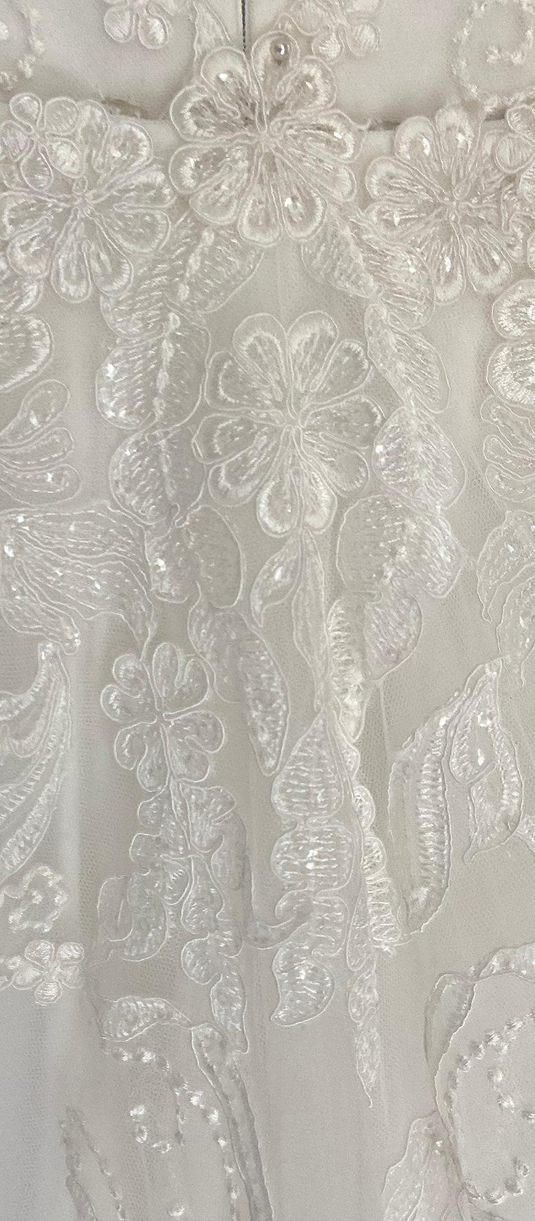 Bianca with Detachable Train Fabric