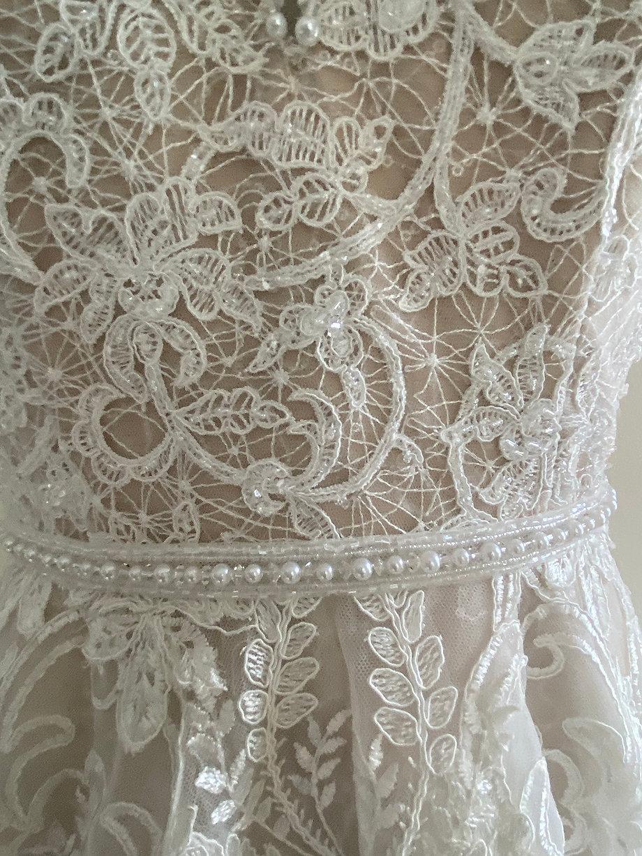 Sandrine Lace Detail