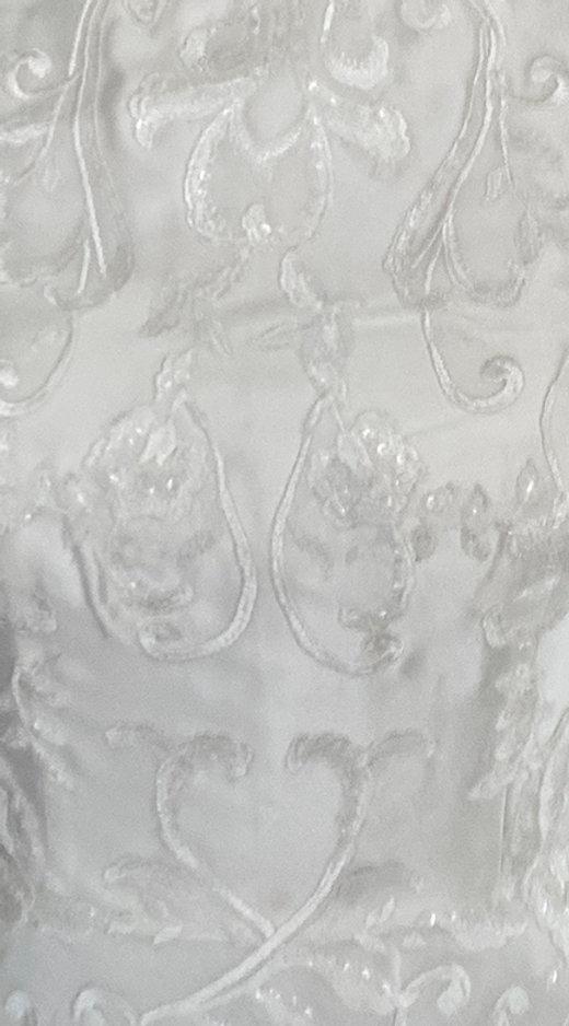 Linda Lace Detail