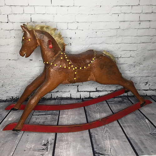 Cheval berçant art populaire / Folk art Rocking horse
