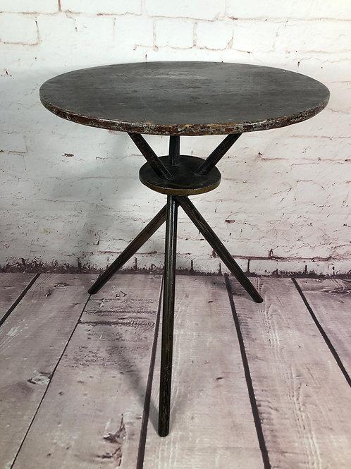 Petite table trépied / Samll tripod table