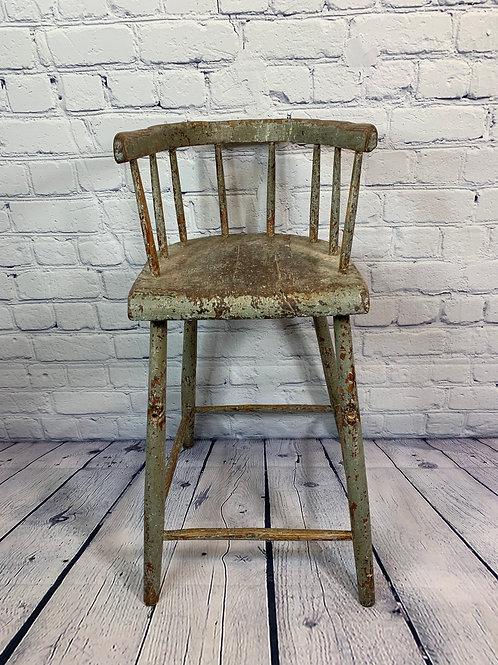 Chaise haute primitive / Primitive high chair