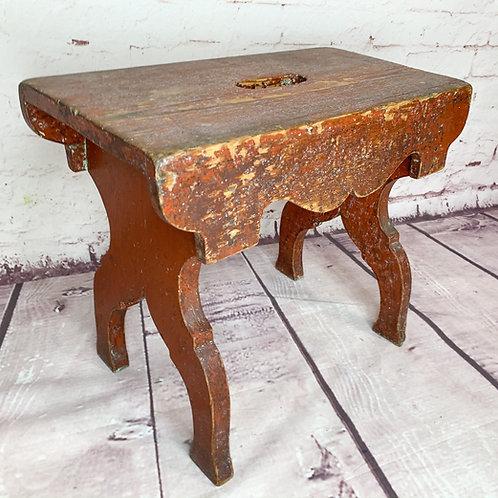 Petit banc chantourné // Utility bench