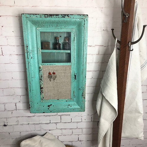 Pharmacie / Small cabinet