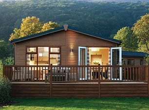 Lodges-in-Cheddar-Woods-Resort-and-Spa.j