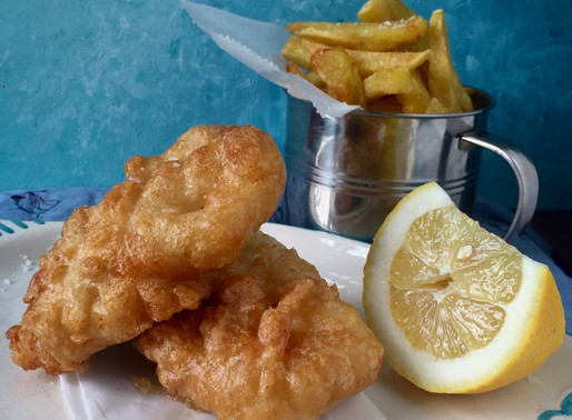 🇬🇧 🇩🇪 🇪🇸 Fresh local fish and twice cooked chips