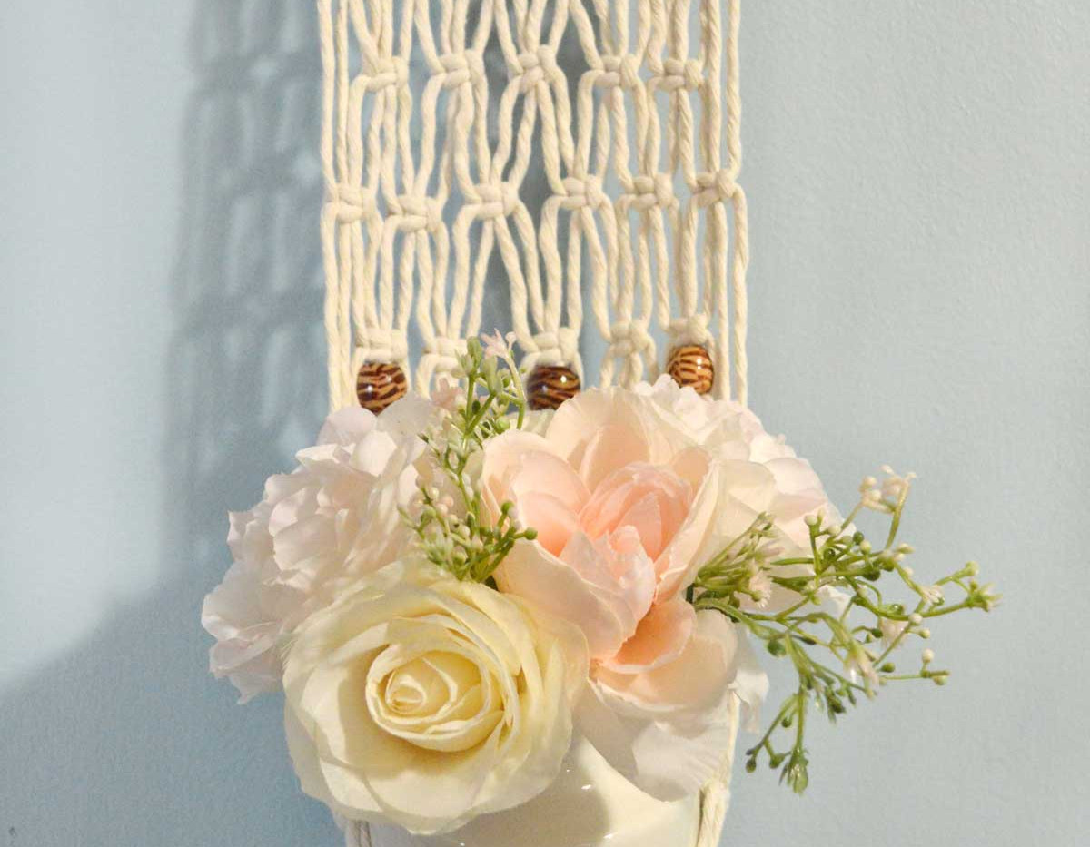 plant hanger closeup