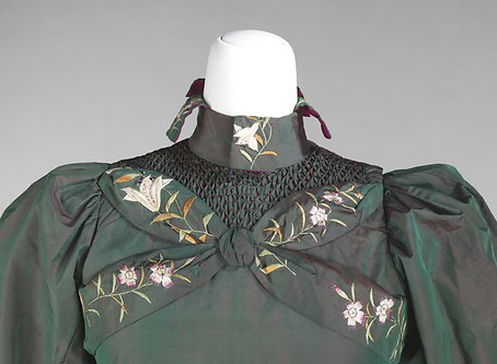 Check out my essay on the Fashion History Timeline!