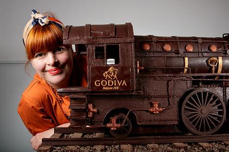 Jen-Train-Headshot.jpg