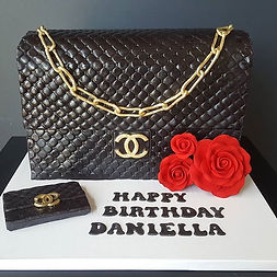 Chanel purse! Swipe 👉 to see the happy